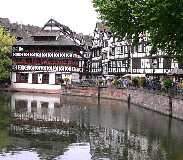 řeka ve Strasbourgu
