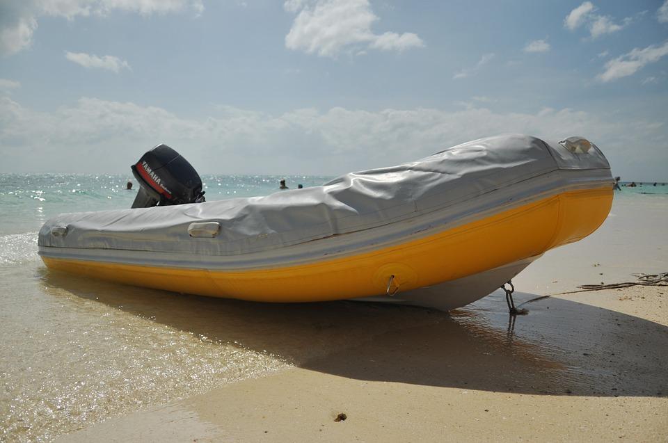 mototrový člun